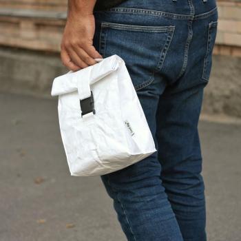 Пошив сумок з матеріалу Tyvek з нанесенням лого