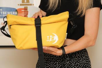 Термосумка Lunch bag XL жовта з логотипом від 10 шт